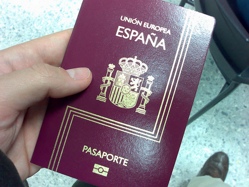 Получить гражданство испании при покупке недвижимости